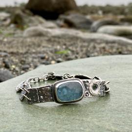 Aquamarine and sea urchin bracelet