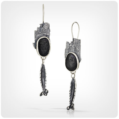 Touch of Nature Earrings