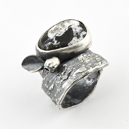 White Buffalo and Bark Ring with Leaf and Pod