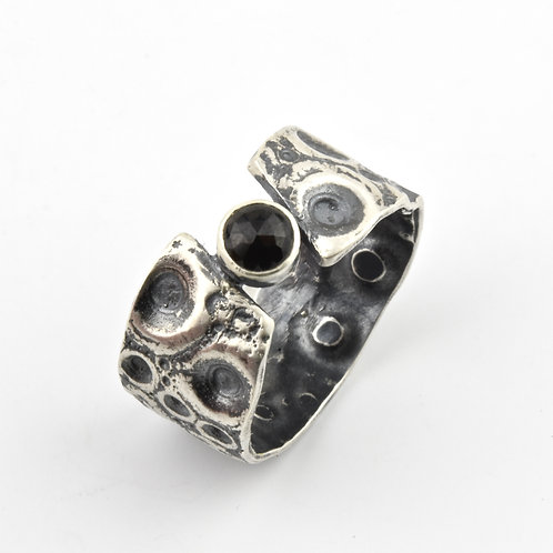 Black Spinel and Sea Urchin Ring