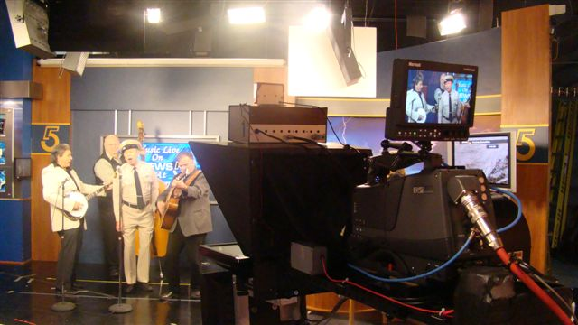 VW_Boys_with_the_Mayberry_Deputy-David_Browing_on_WCYB_TV5s_Noon_Show_1-28-11_32