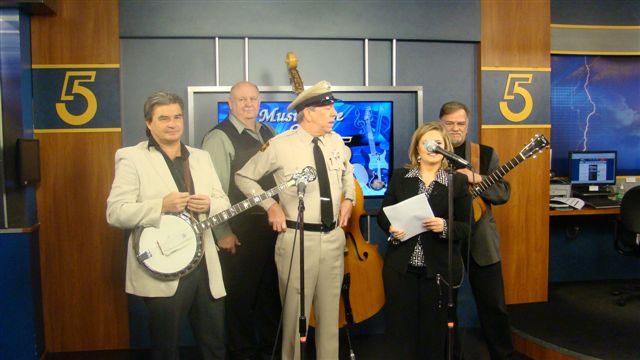 VW_Boys_with_the_Mayberry_Deputy-David_Browing_on_WCYB_TV5s_Noon_Show_1-28-11.JP