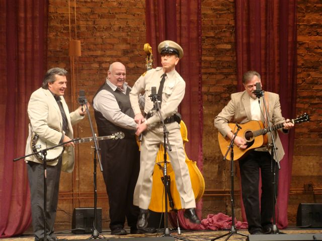 Mayberry_Deputy__the_VW_Boys_on_Song_of_the_Mountains_2-5-11_14.JPG