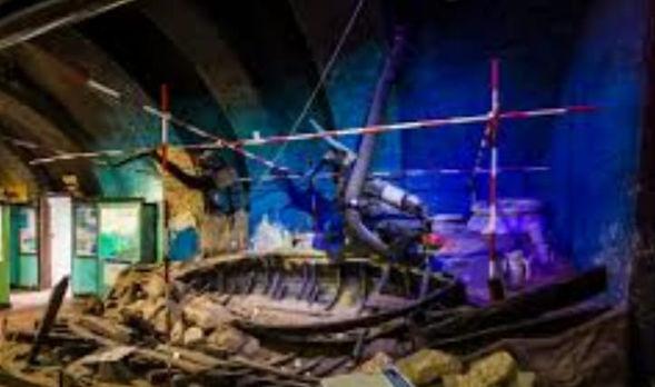 Underwater Archeology field
