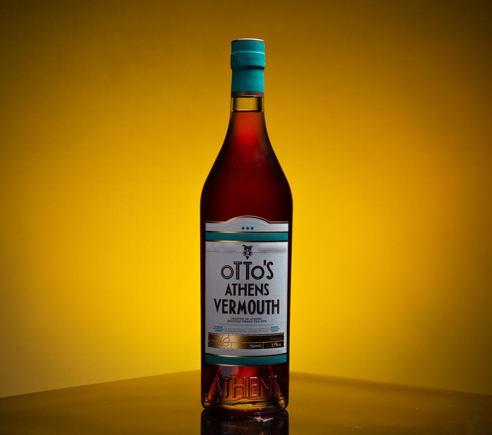 G66 Spirits Close Up - Vermouth - Photo