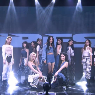 2021.08.17 Loona performed 'Why Not?', 'Hi High', 'WOW' & 'PTT' on event streamed IPFS