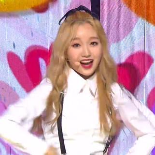 2018.06.17. Inkigayo LOONA yyxy - love4eva