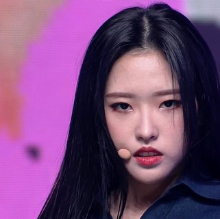 2020.11.05. M countdown Loona - Why not?