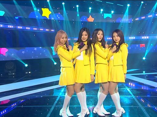 17.04.02 Inkigayo LOONA 1/3 - 지금 좋아해(Love & Live)