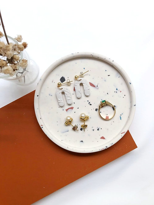 jewelry dish: terrazzo (off-white)