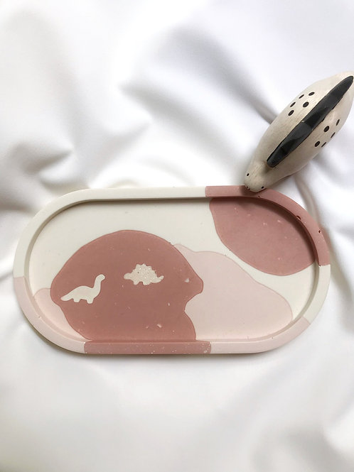 dino tray: shades of pink