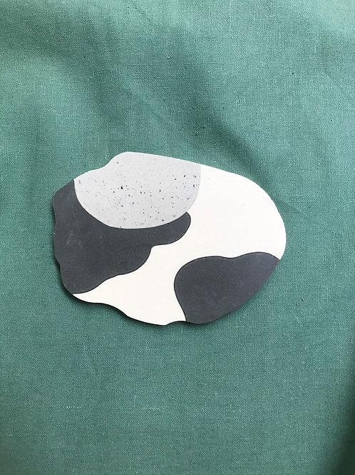 black & white [shape 1]