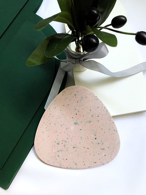 onigiri slates: terrazzo pink