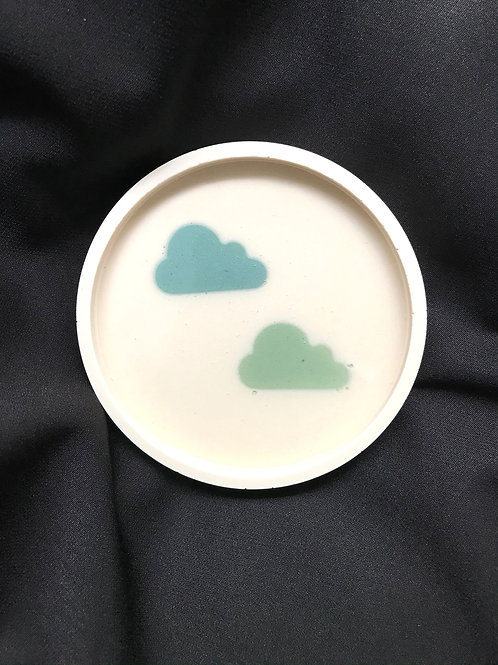 round dish: blue & green double clouds