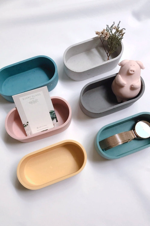 little oval pill pots