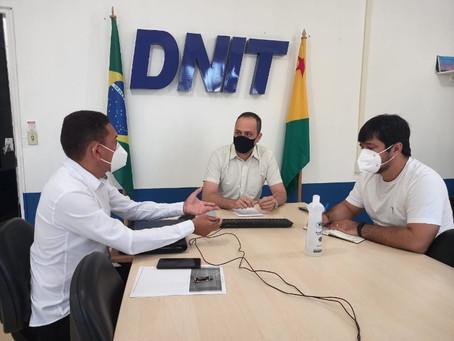 No DNIT, prefeito fala em contrução de avenida e pede instalação de lombadas em perímetro urbano