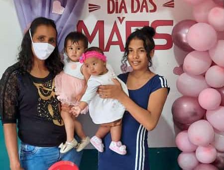 Confira os flashes do Dia das Mães na Casa de Passagem dos imigrantes