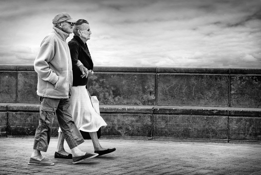 old together de Marc Apers