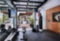 small-home-gym-decorating-idea-equipment
