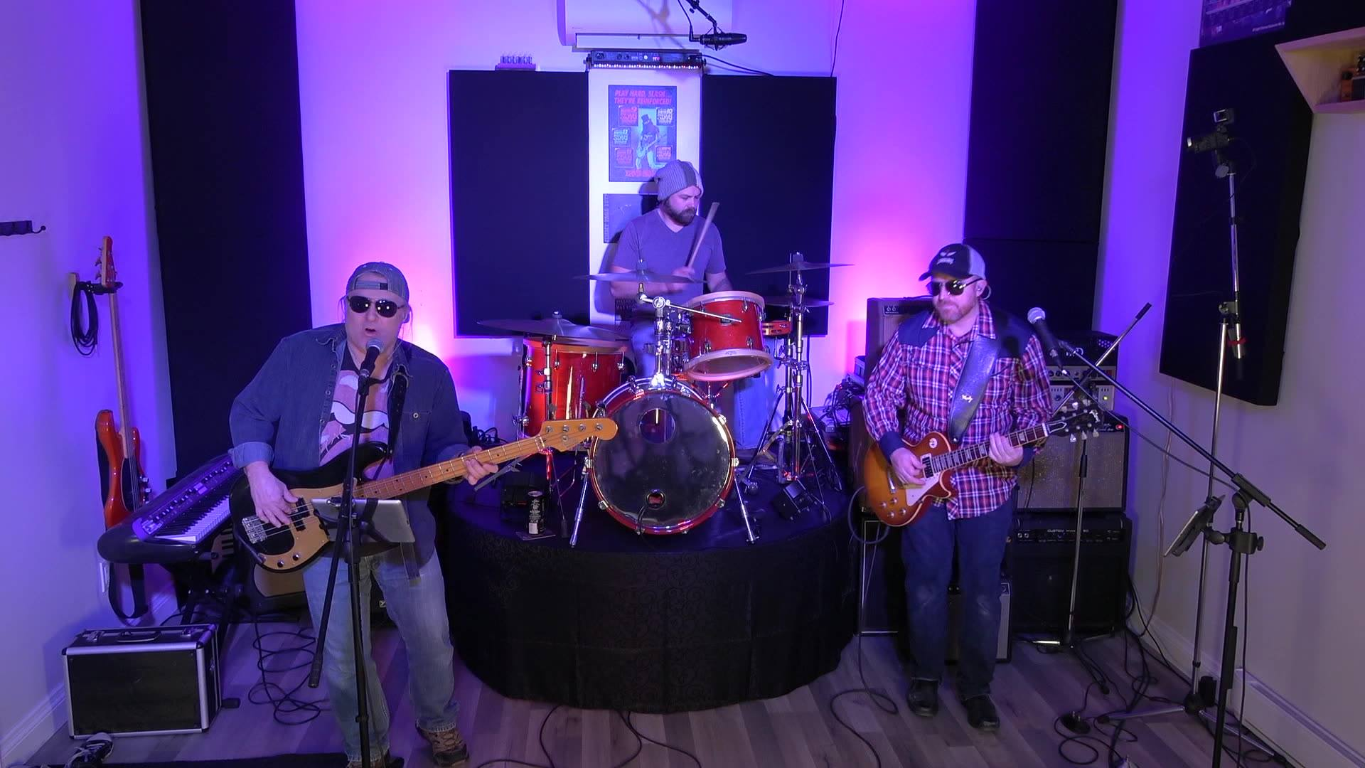 The Electric Merchants Trio Perform The Weight, Live