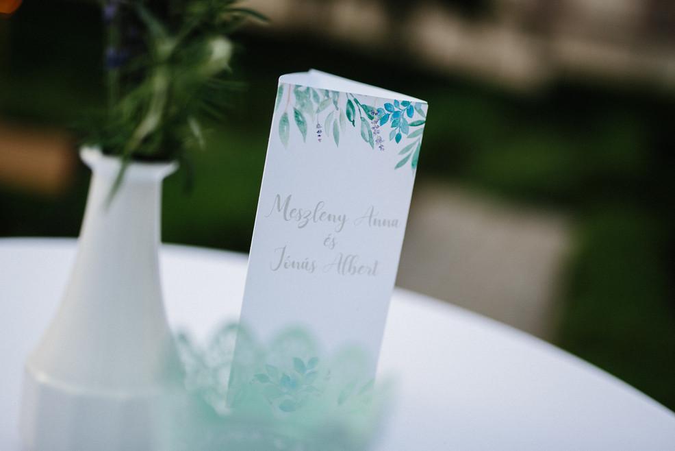mediterrán hangulatú esküvői menülap