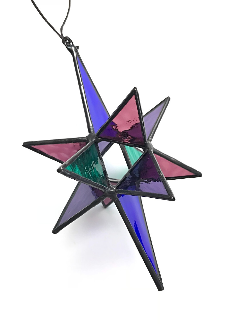Moravian Star, by Laura Koss of Garden State Glasswork