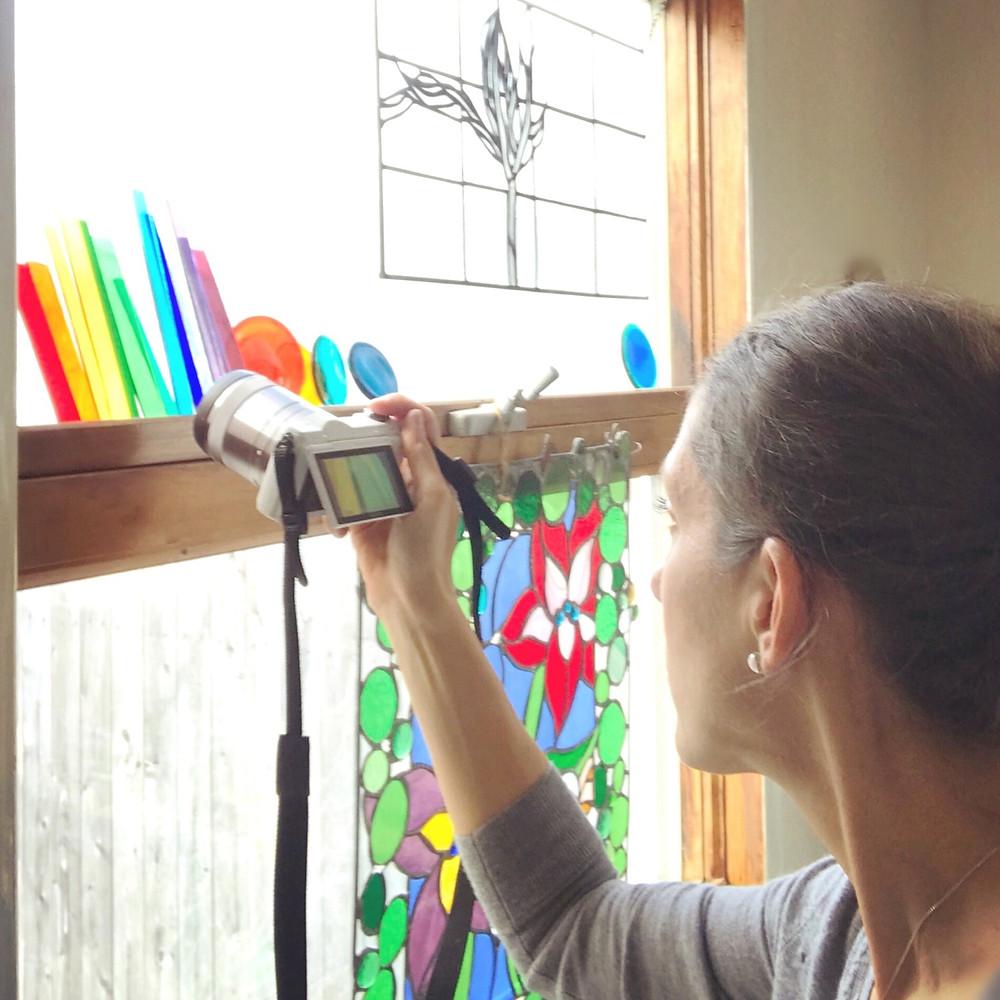Laura Koss in Garden State Glasswork