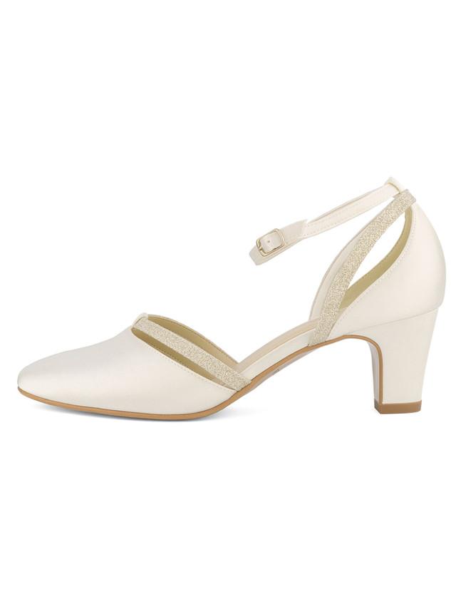 luna-avalia-bridal-shoes_(1).jpg