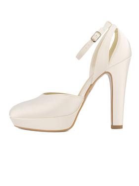 rubi-avalia-bridal-shoes_(1).jpg