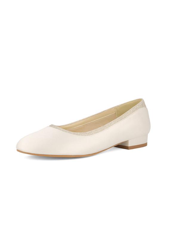 romy-avalia-bridal-shoes_(2).jpg