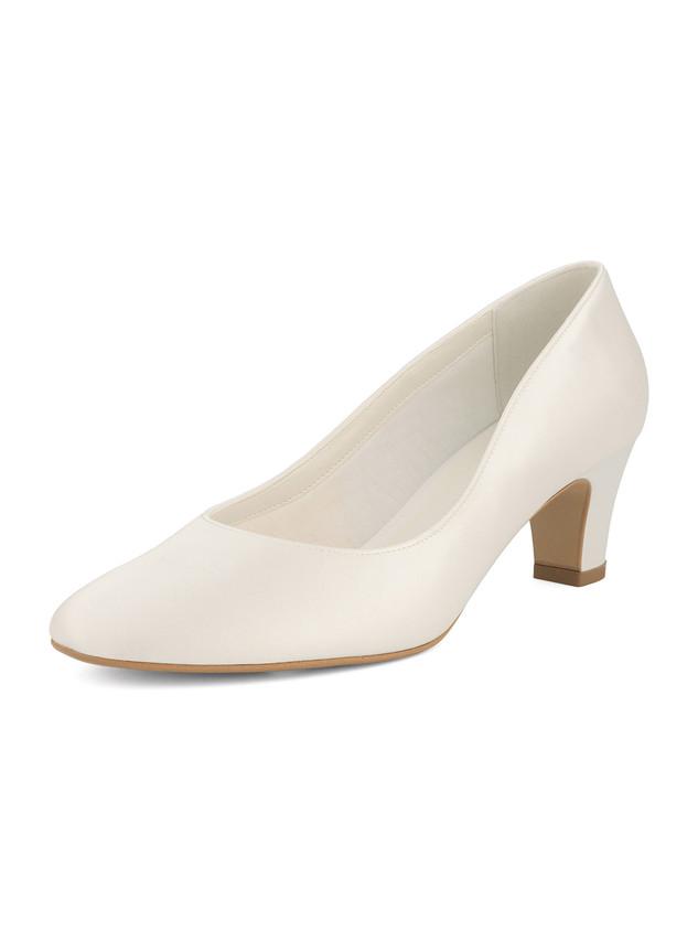 grace-avalia-bridal-shoes_(2).jpg