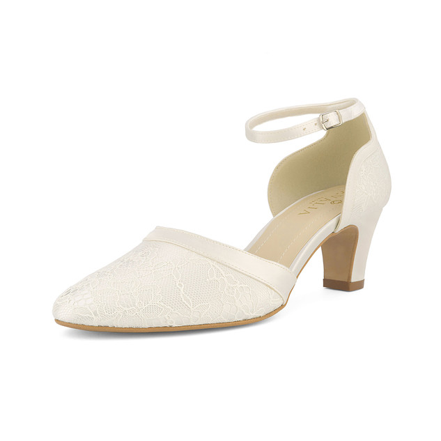 kati-avalia-bridal-shoes_(2).jpg