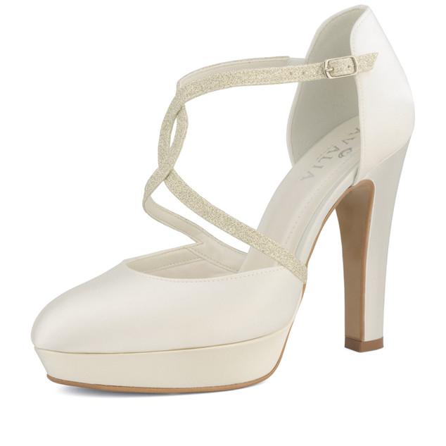 kim-avalia-bridal-shoes_(2).jpg