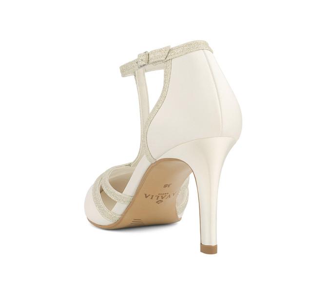 wilma-avalia-bridal-shoes_(3).jpg