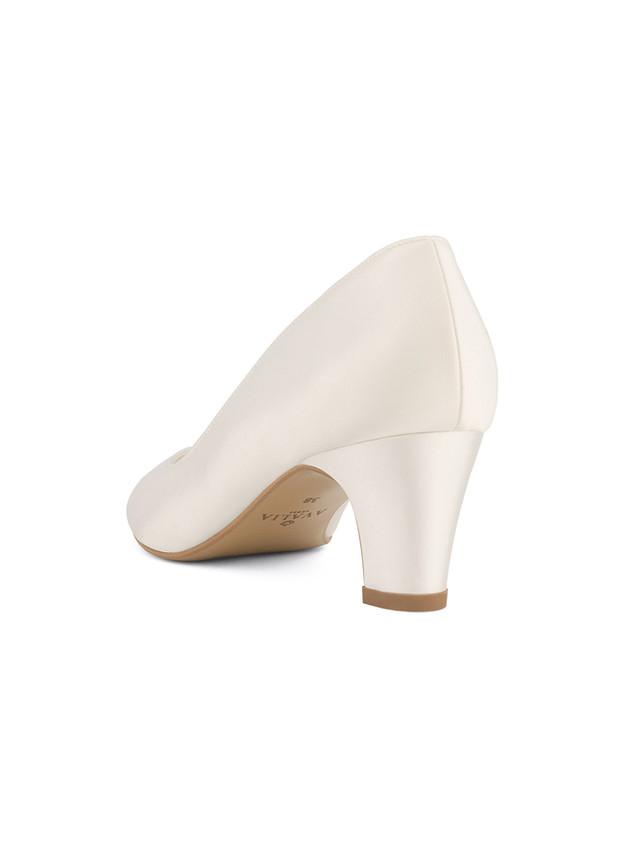 grace-avalia-bridal-shoes_(3).jpg