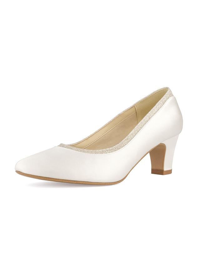 mandy-avalia-bridal-shoes_(2).jpg