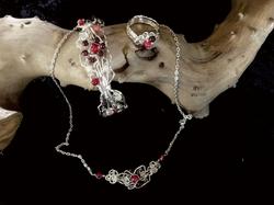 Qhresnna Quartz Set - Red Agathe and granate - Silver Plated