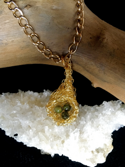 Candid Claire Necklace - Fairy Nest - silver plated gold color