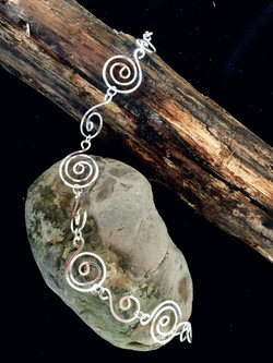 Candid Claire Bracelet - swirls - Silver Plated