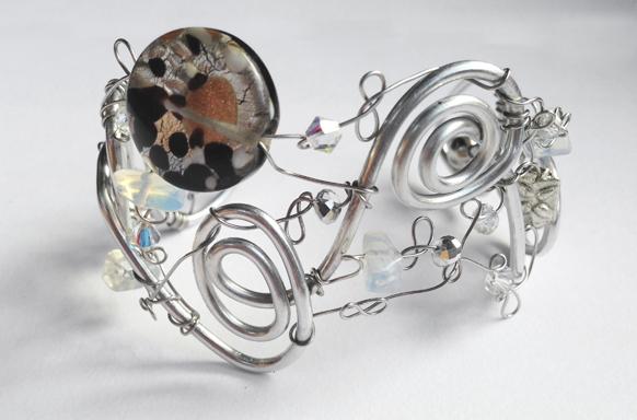 2013-07 LTB Winter Light (Bracelet)