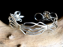 Candid Claire Bracelet - Wavy 2 - Silver Plated