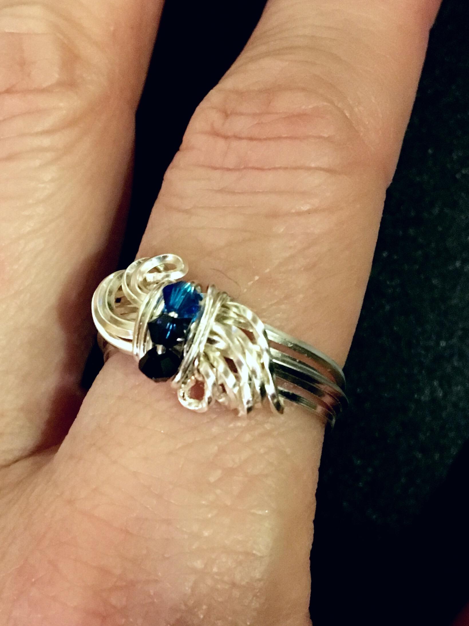 Dainty Deva Ring - Waves - Blue Swarovsky - silver Plater. JPEG