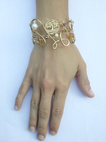 2013-08 LTB Angelic Gold (Bracelet on hand)