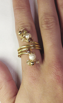 2013-07 Ring angelic Gold 1 (on hand).jpg