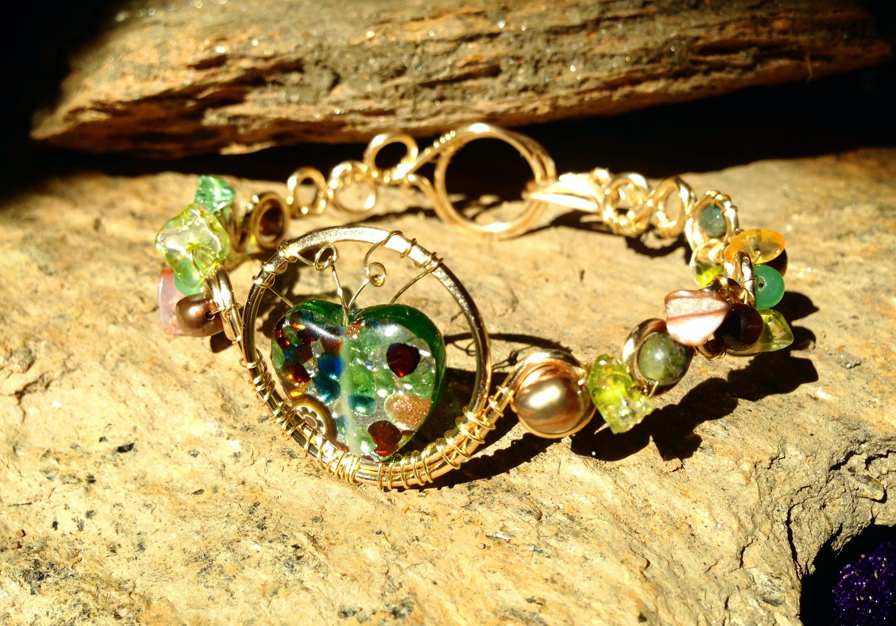 2015 Gold Green Heart bracelet