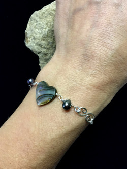 Candid Claire Bracelet - Irridicsent Heart - Silver Plated