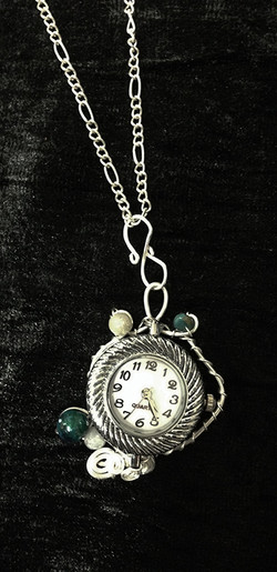 2014 Silverplated copper pendant watch with beads