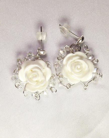 2013 Bridal Fantasy earrings 2.jpg