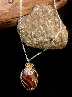 Qhresnna Quartz Necklace - Agathe - Silver Plated