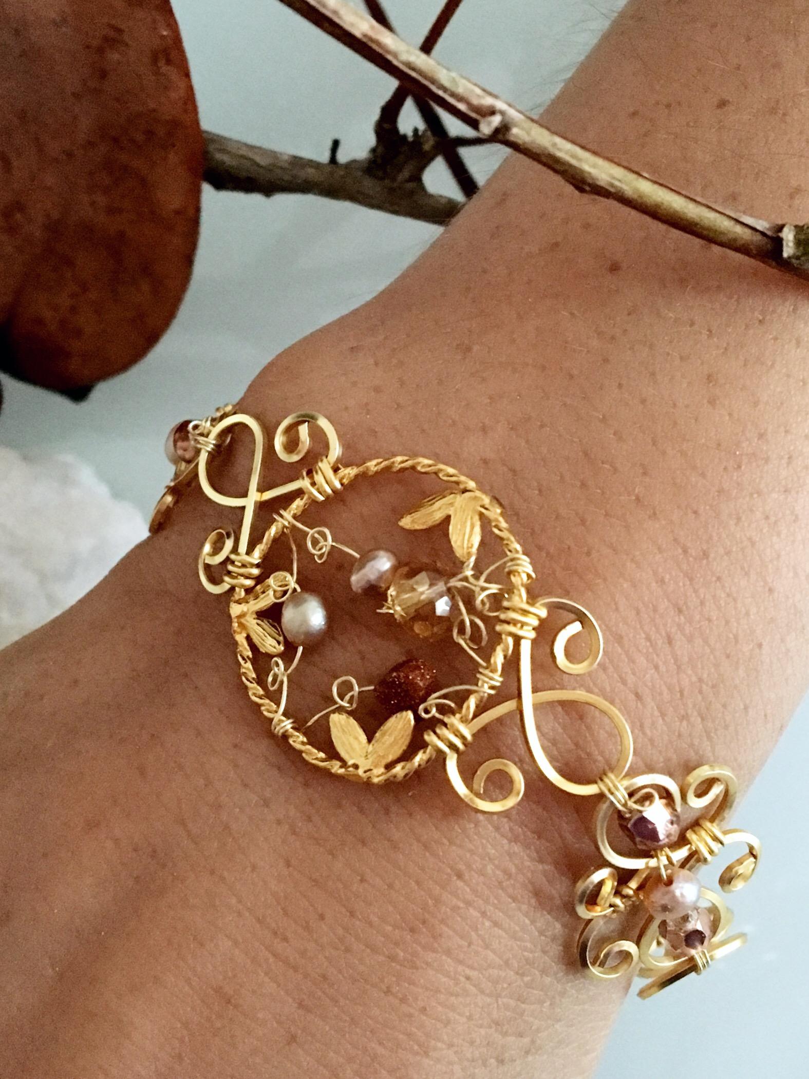 Dainty Deva Bracelet - Goldfilled Leaves - Silver Plated Gold Color-